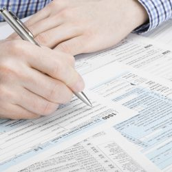 Что лучше, временная прописка или постоянная регистрация?